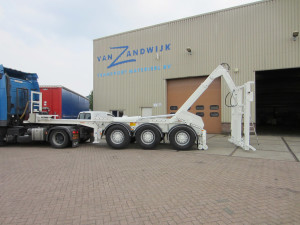 Compact Container Lifter 20 ft