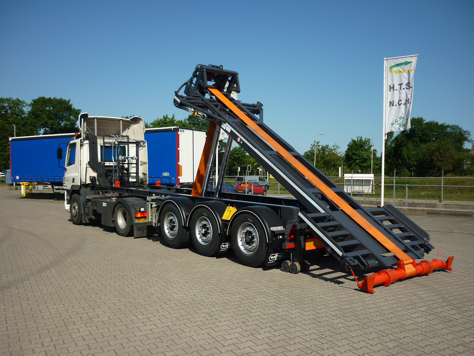 Van Zandwijk HTS-NCH Verti Light 20 ft ISO Combi